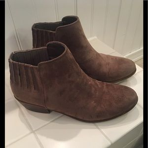 Charlotte Russe brown Suede Booties size 8